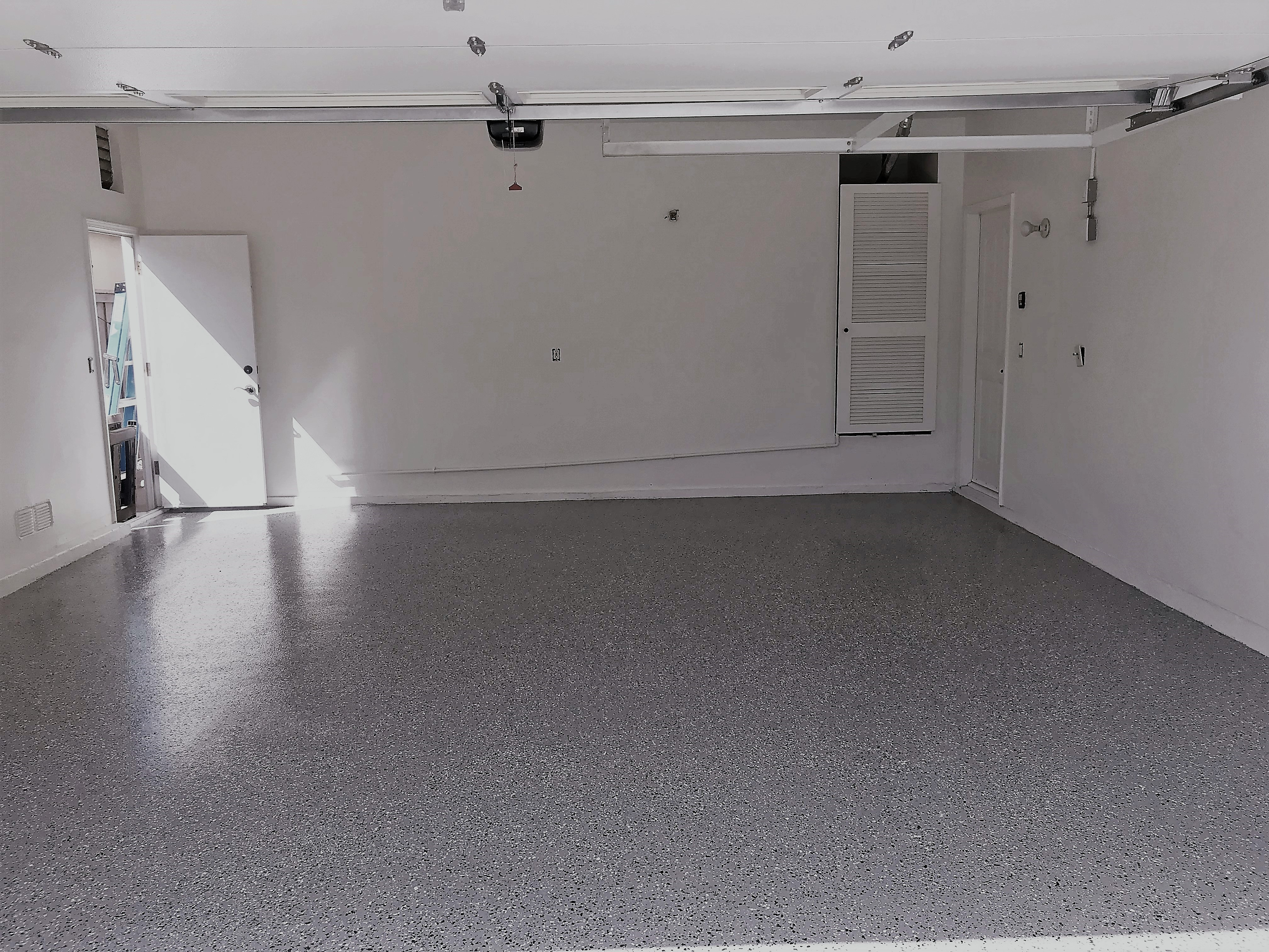 Epoxy Garage Floor : Liquid granite epoxy garage floor